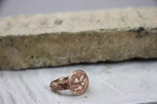 """""""Impronta su Marte"""" Anello donna artigianale fatto a mano in Bronzo brunito e scorie"""