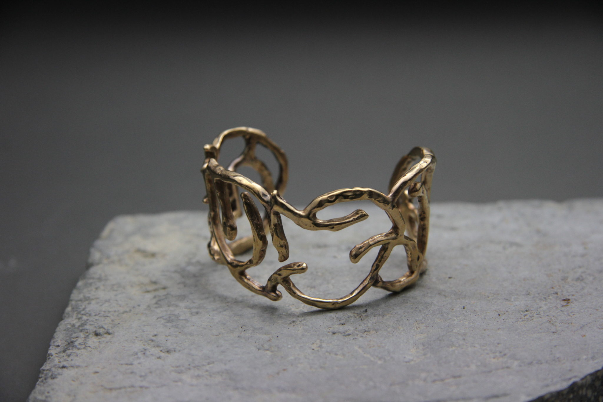 """""""Coral Bangle"""" Bracciale artigianale donna in Bronzo o Argento 925, fatto a mano"""