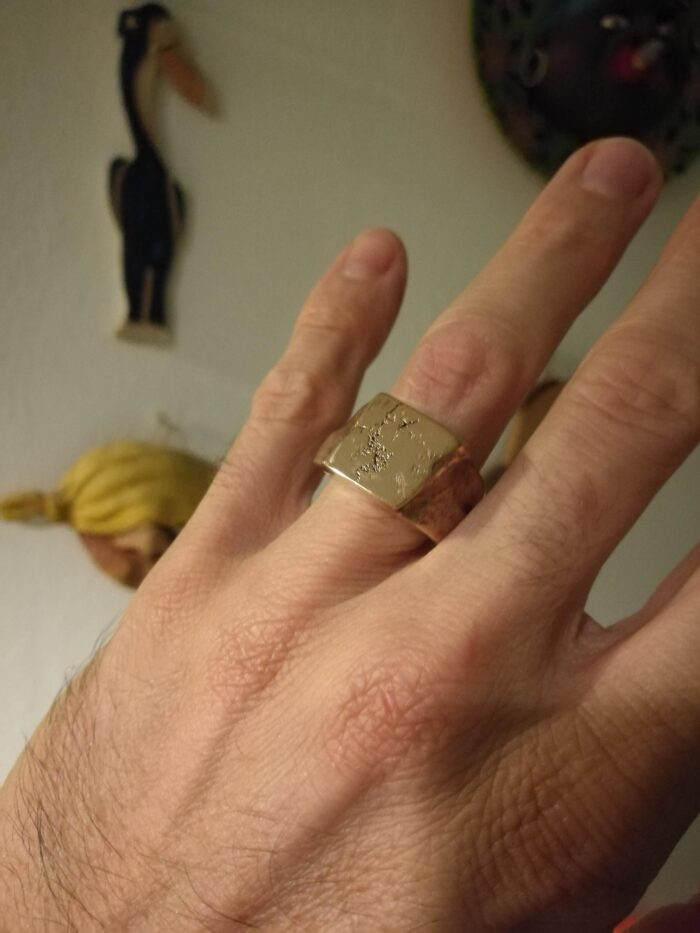 """Anello """"L'uomo"""" Anello artigianale uomo in Argento 925 o Bronzo con interno in Argento, fatto a mano"""